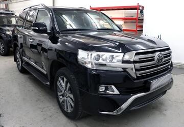 Шумоизоляция Toyota Land Cruiser 200 —